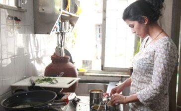 Kura Domowa Wizerunek Kobiety Nimrat Kaur Domowe obowiązki Dzieci Mąż