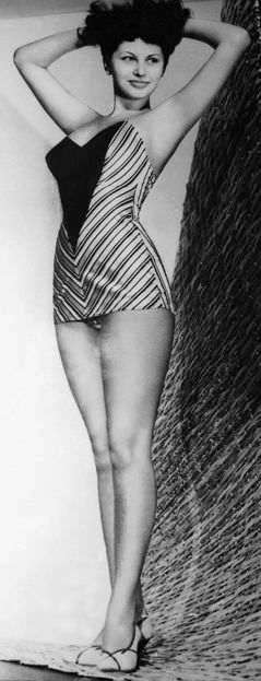 Sophia Loren Autobiografia zdjęcia młoda