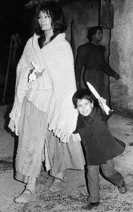 Sophia Loren zsynem Autobiografia Książka Matka