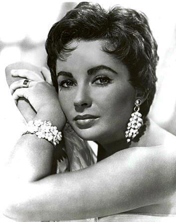 Liz Taylor Kleopatra biżuteria