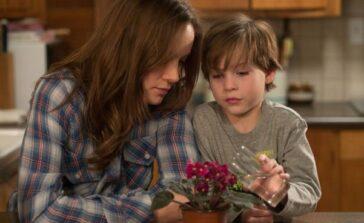 Pokój film o matce i synu więzionych w pokoju Brie Larson Jacob Tremblay Recenzja opinie