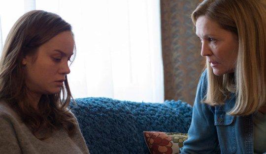 Recenzja filmu Pokój matka isyn uwięzieni wpiwnicy Brie Larson