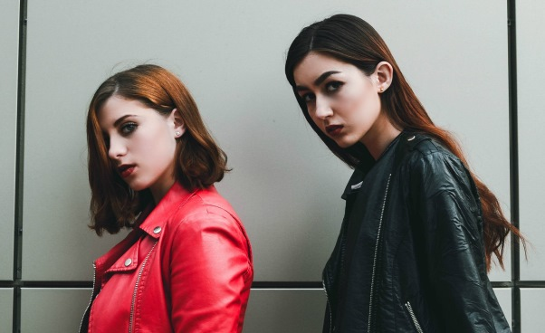 Jak znaleźć swój styl ubierania? Moda Inspiracje Porady dla kobiet
