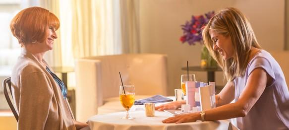 Dzień Matki recenzja filmu Jennifer Aniston Julia Roberts Amerykańska komedia obyczajowa