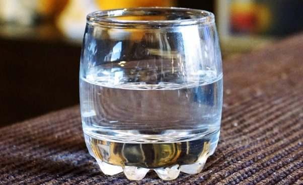 Picie wody asposoby żebyschudnąć Porady Skuteczne odchudzanie czego niemożna jeść ipić