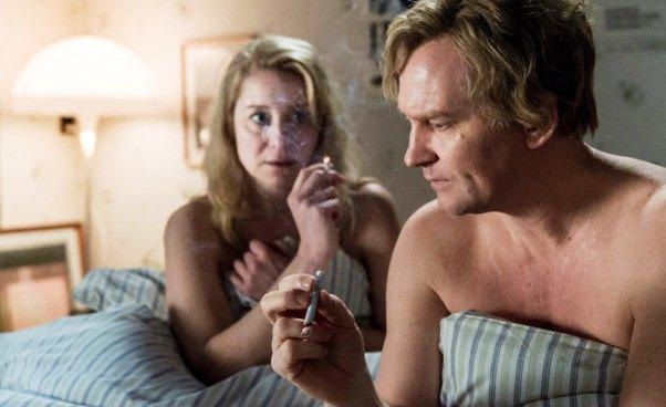 Komuna 2016 duński dobry dramat psychologiczny Recenzja filmu Thomasa Vinterberga Trine Dyrholm Ulrich Thomsen