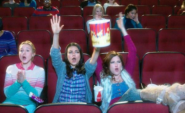 Recenzja filmu Złe mamuśki komedia obyczajowa Mila Kunis Kathryn Hahn Kristen Bell zbuntowane matki