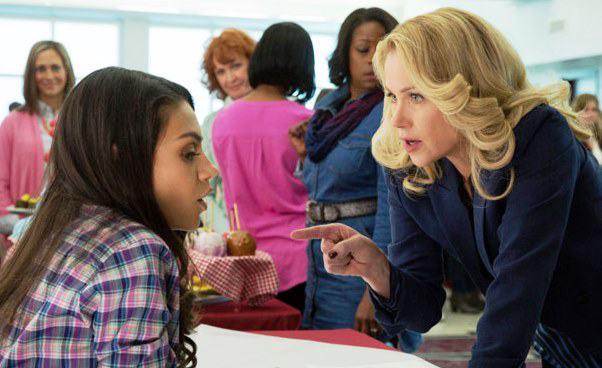 komedia obyczajowa dla kobiet Złe mamuśki Recenzja filmu Mila Kunis Christina Applegate rywalki