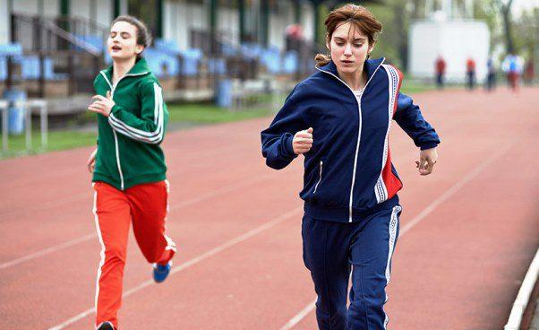 Fair Play film o dopingu w sporcie wyczynowym lekkoatletyka bieganie dramat obyczajowy o biegaczce Recenzja Opinie