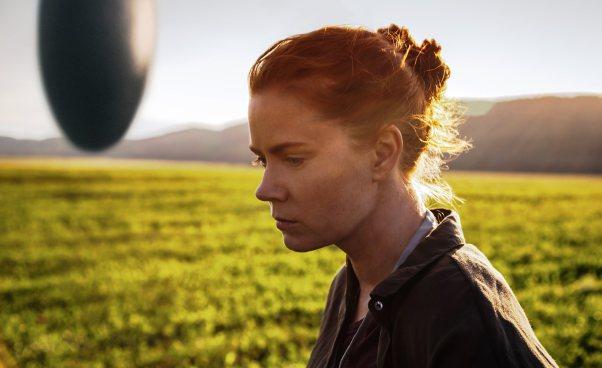 Film zAmy Adams Nowy początek thriller science fiction dramat psychologiczny Recenzja Opinie