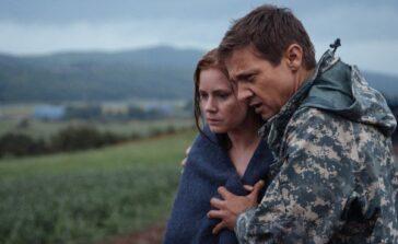 Nowy początek thriller science fiction dramat psychologiczny z Amy Adams Jeremy Renner Recenzja filmu