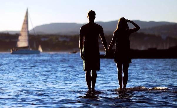 Co napisać osobie naportalu randkowym Porady Przykłady Atrakcyjny profil dziewczyny