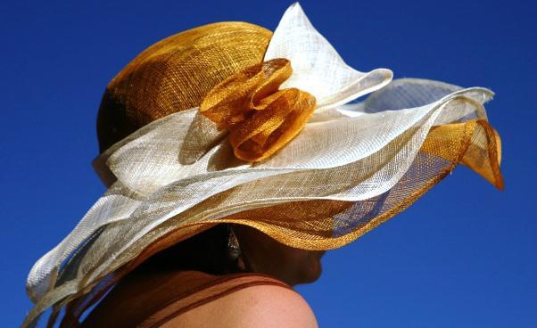 Letni klasyczny kapelusz ozdobny płócienny ażurowy zdodatkami Stylowy Kobieta zklasą ubranie nalato