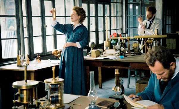Biografia Marii Skłodowskiej Curie film dramat polska Nagroda Nobla zchemii fizyki Karolina Gruszka Recenzja