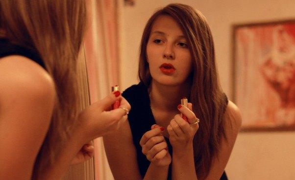 Jak stac się zadbaną kobietą atrakcyjną dziewczyną Jak zadbać osiebie swój wygląd skóra włosy paznokcie pielęgnacja urody