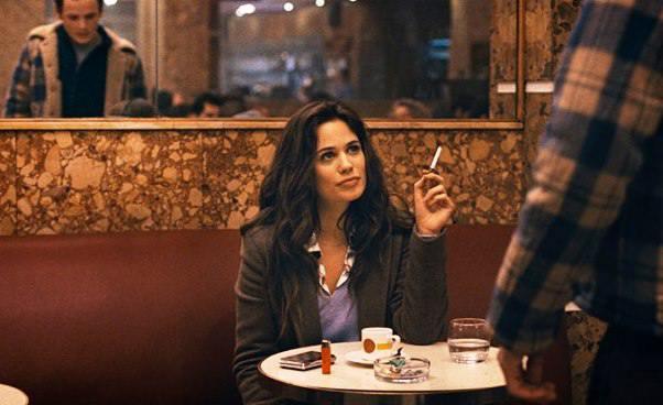 Porto melodramat film omiłości niemożliwej Anton Yelchin Lucie Lucas Recenzja Opinie Ostatnia rola Portugalia