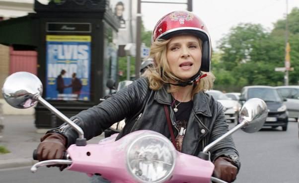 Francuska komedia romantyczna akcja filmu wParyżu mamy2mamy Juliette Binoche Recenzja streszczenie opinie