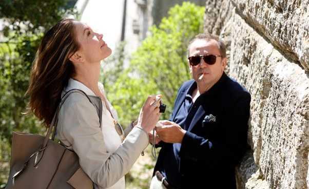 Paryż może poczekać francuski film romantyczny opodróży przezFrancję trasa podróży menu Recenzja