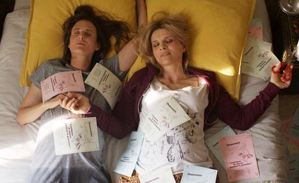 """""""mamy2mamy"""" zwariowana francuska komedia romantyczna zJuliette Binoche. Recenzja filmu"""