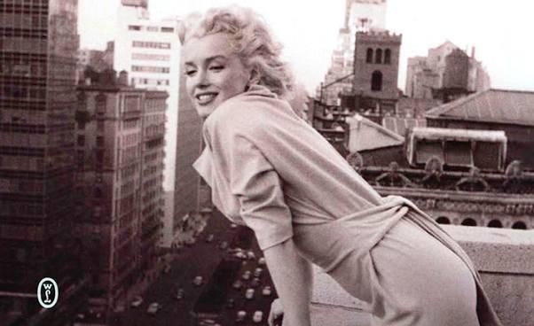 """Marilyn naManhattanie"" ciekawa biografia Marilyn Monroe, słynnej gwiazdy Hollywood. Książka"