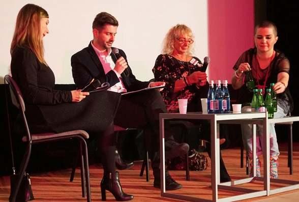 Panel dyskusyjny Wiele odcieni przemocy Kongres Kobiet Dorota Semenov Krzysztof Śmiszek Danuta Wawrowska Poli Palian