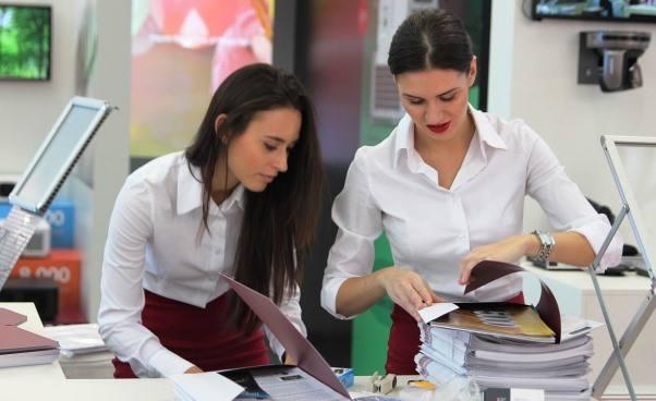 Znaczenie empatii Relacje z pracownikami i szefami w korporacji i w małej firmie Sposoby na frustrację w pracy