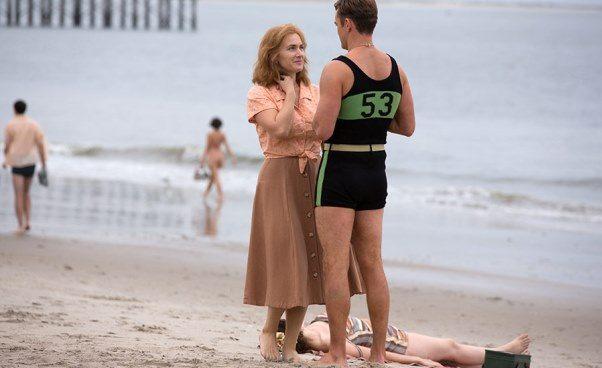 """""""Na karuzeli życia"""" film omiłości domłodszego mężczyzny, romans wstylu retro Woody'ego Allena"""