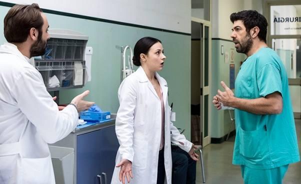 Film jak mąż lekarz zamienia się wżonę role się odwracają Komedia pomyłek Żona czymąż Opinie recenzja