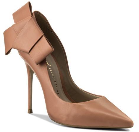 Jak wybrać dobre szpilki wygodne dochodzenia zdobrego materiału buty nawysokim obcasie Porady