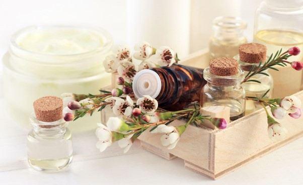 Olaplex odnatury, czyli olejowanie włosów – poznaj najlepszą metodę olejowania*