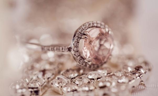 Kody rabatowe Yes Promocje na klasyczną i modną biżuterię