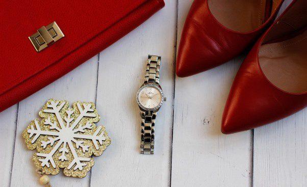 Złote zegarki damskie —przegląd topowych modeli*
