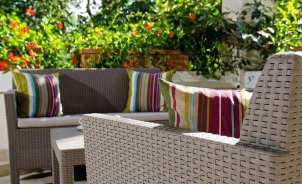 Z czego powinny być wykonane poduszki nameble ogrodowe