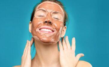 Najpopularniejsze rodzaje masek do twarzy Jak działa maseczka do twarzy